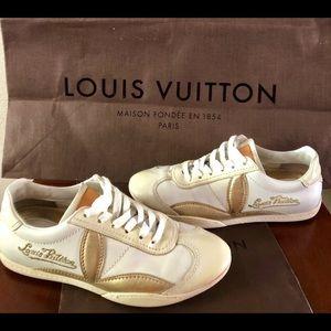 8065271c476f Louis Vuitton Shoes - Louis Vuitton White   Gold Leather Sneakers Shoes